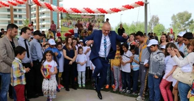 Başkan Ergün Çocuklarla SEK SEK Oynadı