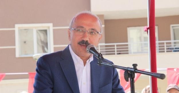 Bakan Elvan: Ahmet Budak'ı şehit eden hainler...