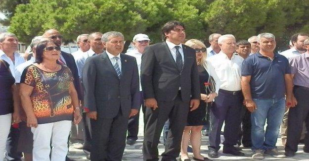 Foça'da CHP'nin 93. kuruluş yıldönümü kutlaması