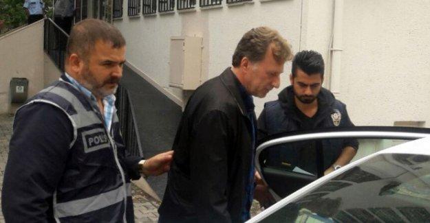 Galatasaraylı eski futbolcu İsmail Demiriz tutuklandı!