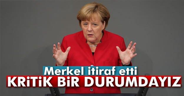Merkel İtiraf Etti