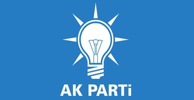AK Parti İlçe Teşkilatı İstifa Etti