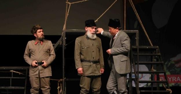 Bayraklı'da belediye tiyatrosu kuruluyor