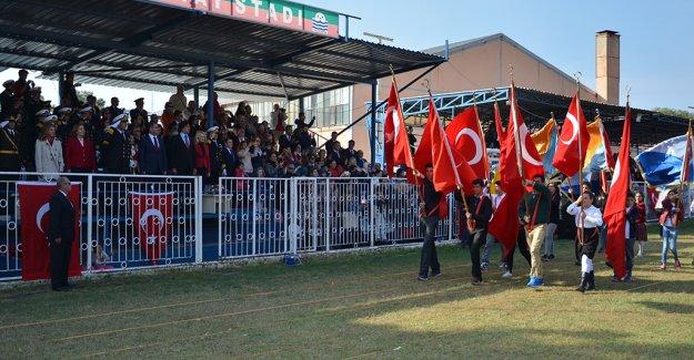 Cumhuriyetimizin 93. Kuruluş Yıldönümü Foça'da coşku ve gururla kutlanıyor…