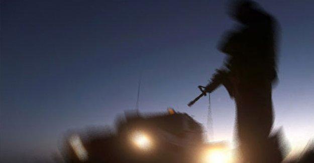Şemdinli'de patlama: 4 asker yaralı