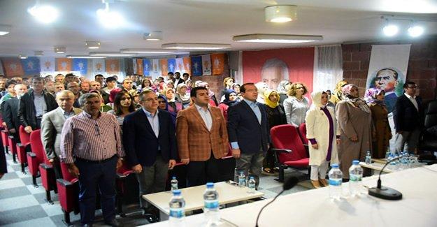 AK Partili Sürekli Kemalpaşa İlçe Danışma' da Konuştu