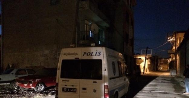 İzmir'de alacak verecek kavgası kanlı bitti: 1 ölü