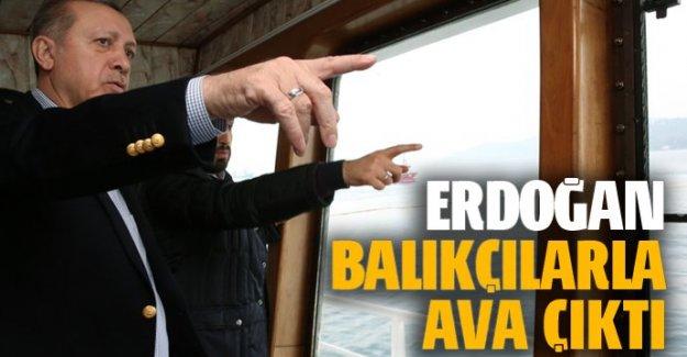 Erdoğan, balıkçı teknesiyle denize açıldı