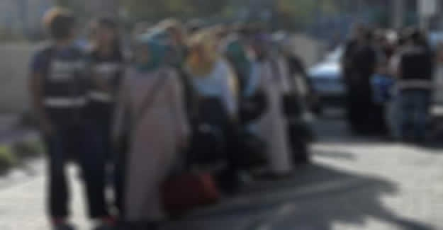 FETÖ'nün  'Ev Eblaları' yakalandı