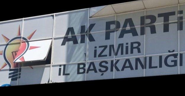 İşte AK Parti İzmir'in yeni ilçe başkanları