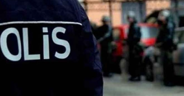 İzmir'de HDP'li başkan ve ailesi gözaltına alındı
