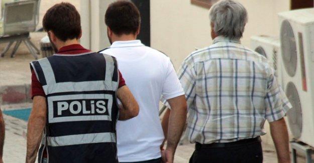 Ünlü iş adamı FETÖ'den tutuklandı!