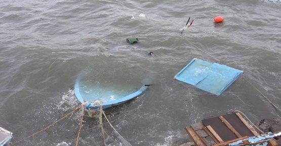 Balıkçı teknesi battı: 1 ölü, 54 kayıp