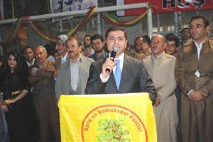 BDP'li Demirtaş: Allah Peygamber Hatrına