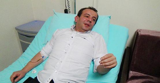 CHP'li Özcan telefonla konuşurken kaza yaptı