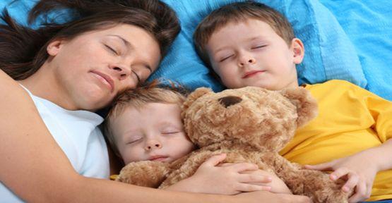 Çocuğunuz hala yanınızda mı uyuyor ?