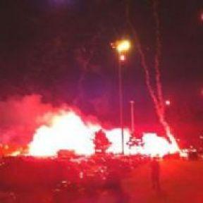 Fenerbahçe Taraftarı Havaalanını Yaktı