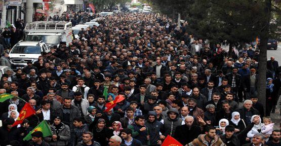 Diyarbakır'da'gözaltı' protestosu