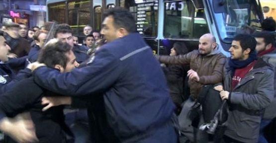 Kadıköy'de AK Partili Gruba Saldırı!
