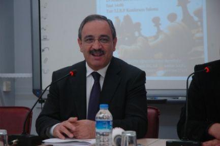 Mehmet Tekelioğlu: Bazı İşler Bıçakla Kesilip Atılamıyor