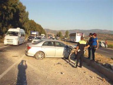 Selçuk'ta Kaza: 5 Yaralı