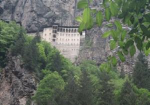 Sümela Manastırı 1 Yıl Süreyle Ziyarete Kapatılacak