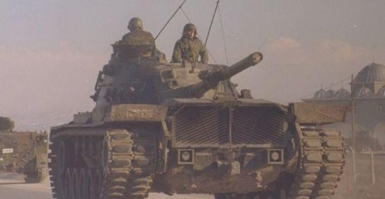 'Tankların namluları kelepçeliydi ! '