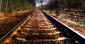 Trenler çarpıştı:...