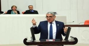 Kalkan; Ayrımcılık yapan AK Partili...