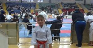 Foçalı minik karateci...