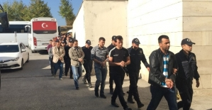 Sakarya'da FETÖ soruşturması: 28 polis tutuklandı
