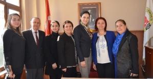 AK Parti Kadın Kolları Başkanı...