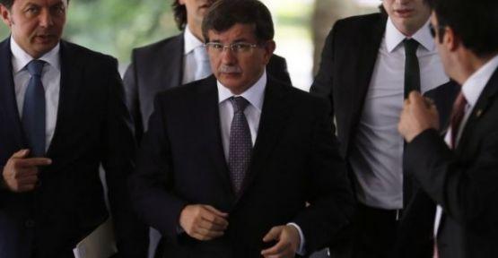 Ahmet Davutoğlu genel merkezde