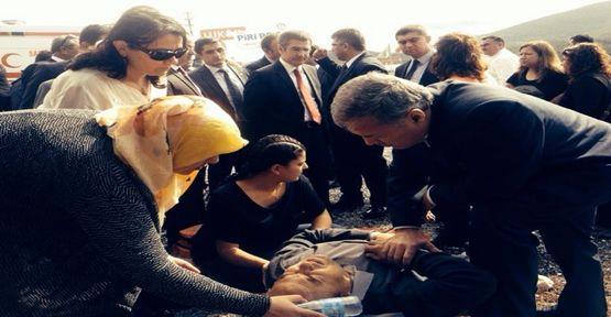 Bakanın konvoyunda kaza: 6 yaralı