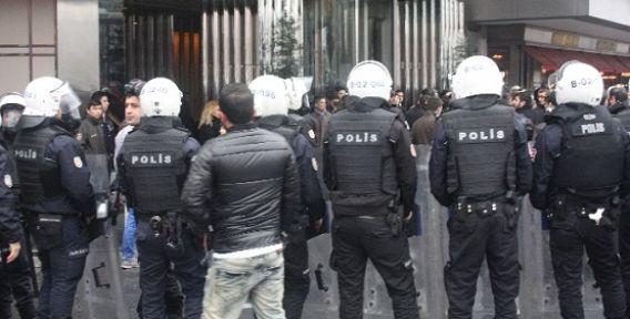 CHP'lilere polis müdahalesi (video)