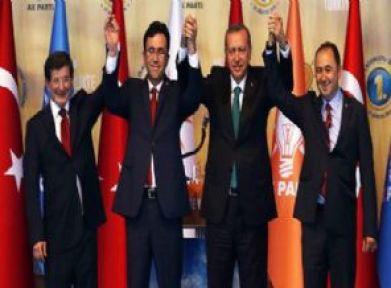 İki ilçenin başkanları AK Parti'ye geçti