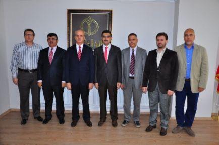 Rektör Adayı Çelebi Müsiad Manisa Başkanı Tekin'i Ziyaret Etti