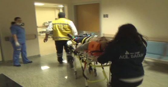 Yengesini sopayla dövdü, dostunu hastanelik etti