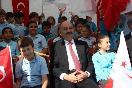 Bakan'a Ankara ve İzmir'in suyu soruldu