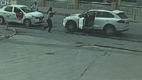 İzmir'de Rus İş Kadınına Silahlı Gasp!